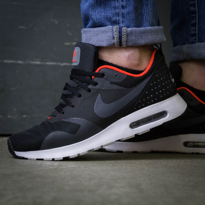 Nike Air Max Tavas Orange